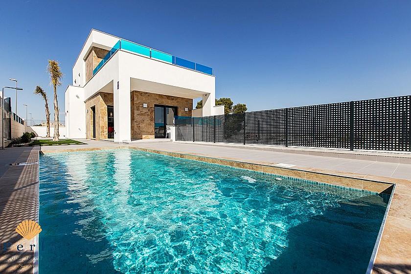 Glæsileg Villa í Benijófar  - Perla Investments